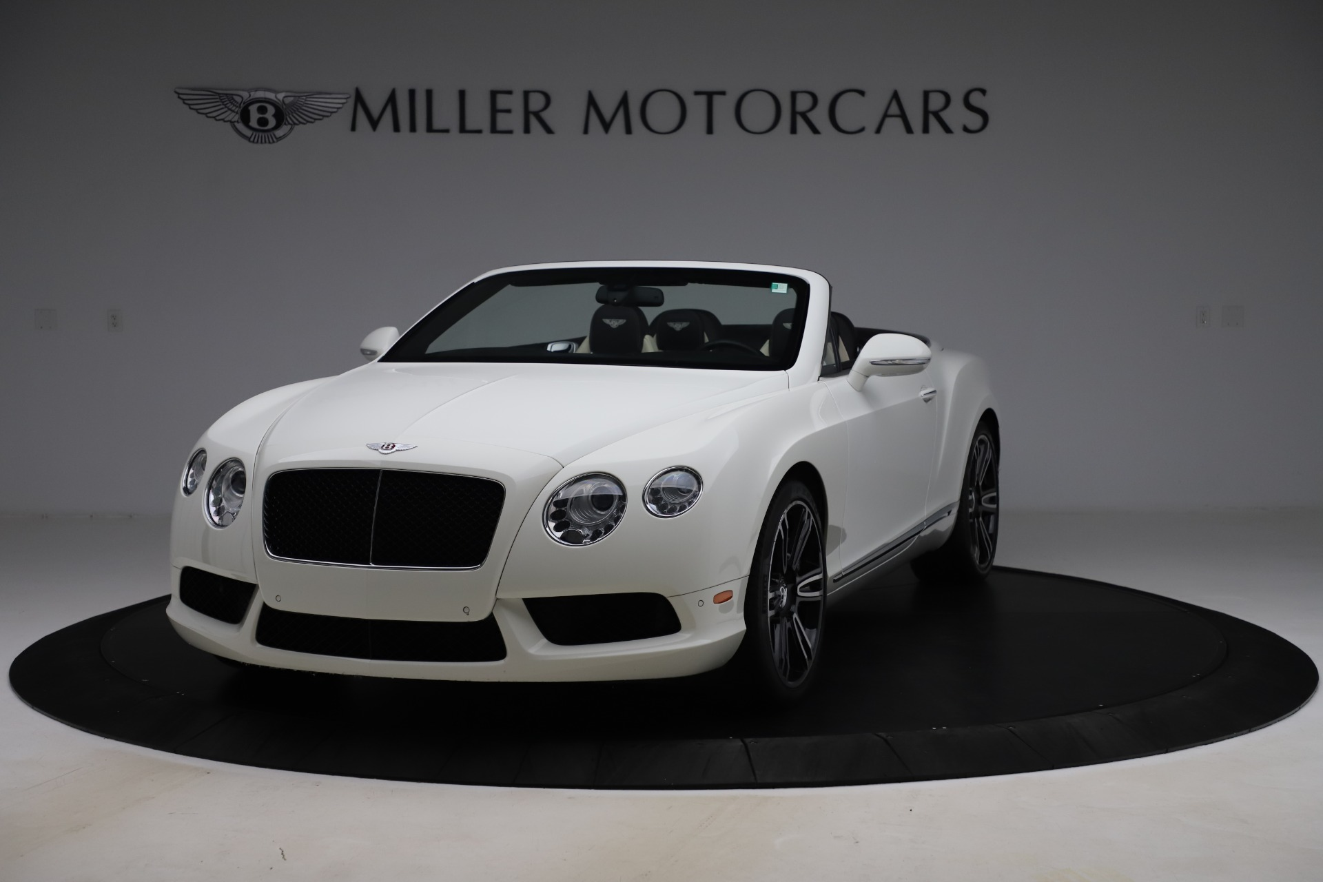 Used 2014 Bentley Continental GT Convertible V8 for sale $106,900 at Maserati of Greenwich in Greenwich CT 06830 1
