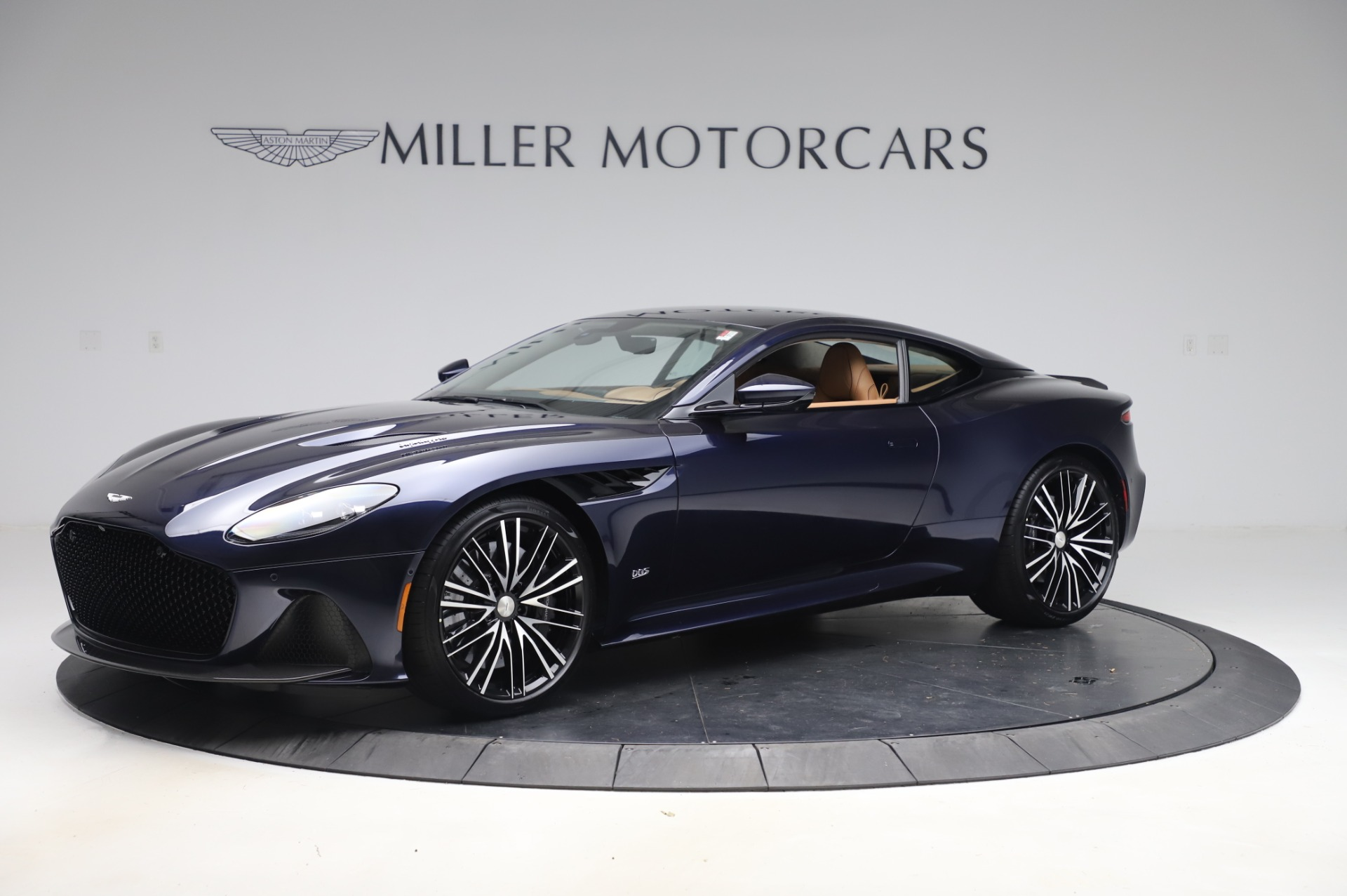 New 2020 Aston Martin DBS Superleggera Coupe for sale $338,286 at Maserati of Greenwich in Greenwich CT 06830 1