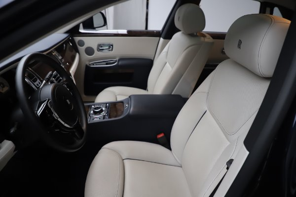 Used 2016 Rolls-Royce Ghost for sale $173,900 at Maserati of Greenwich in Greenwich CT 06830 12