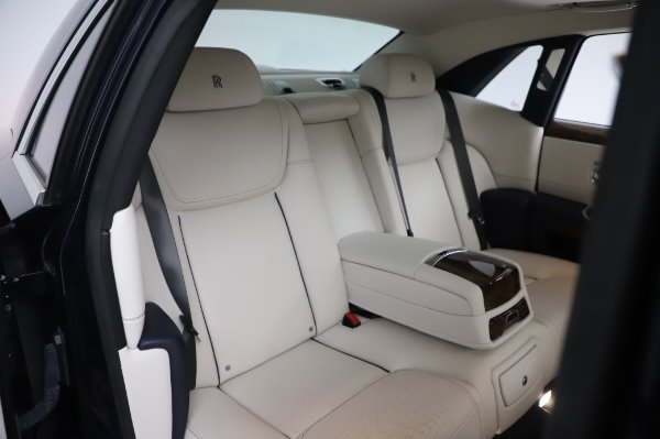 Used 2016 Rolls-Royce Ghost for sale $173,900 at Maserati of Greenwich in Greenwich CT 06830 15
