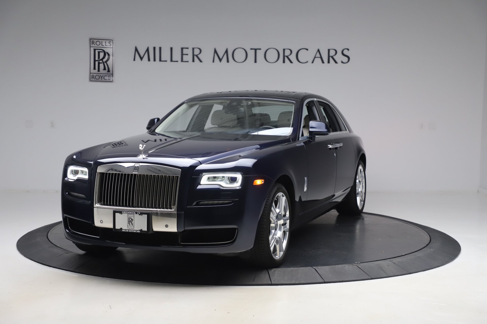 Used 2016 Rolls-Royce Ghost for sale $173,900 at Maserati of Greenwich in Greenwich CT 06830 1