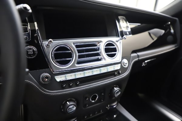 Used 2018 Rolls-Royce Ghost for sale Sold at Maserati of Greenwich in Greenwich CT 06830 17