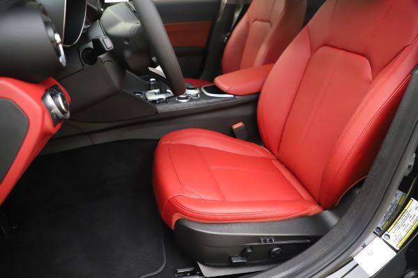New 2020 Alfa Romeo Giulia Q4 for sale Sold at Maserati of Greenwich in Greenwich CT 06830 15