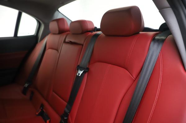 New 2020 Alfa Romeo Giulia Q4 for sale Sold at Maserati of Greenwich in Greenwich CT 06830 18