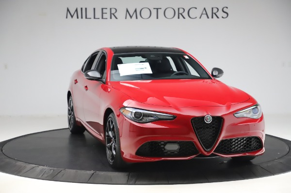 New 2020 Alfa Romeo Giulia Sport Q4 for sale $48,645 at Maserati of Greenwich in Greenwich CT 06830 11