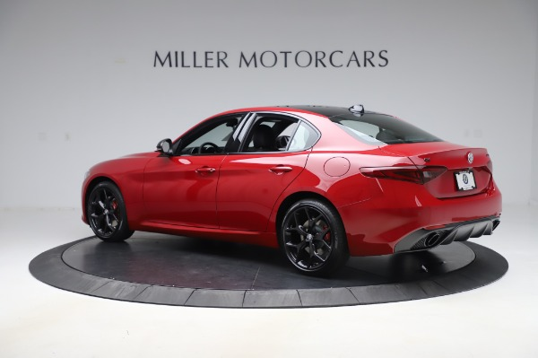 New 2020 Alfa Romeo Giulia Sport Q4 for sale $48,645 at Maserati of Greenwich in Greenwich CT 06830 4