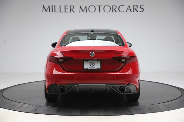 New 2020 Alfa Romeo Giulia Sport Q4 for sale $48,645 at Maserati of Greenwich in Greenwich CT 06830 6