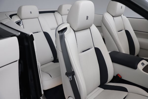 Used 2017 Rolls-Royce Dawn Base for sale $248,900 at Maserati of Greenwich in Greenwich CT 06830 22