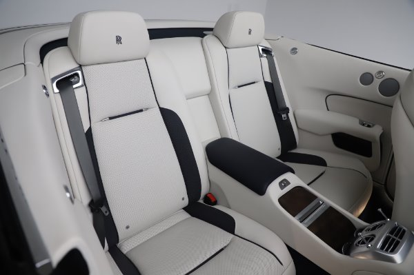 Used 2017 Rolls-Royce Dawn Base for sale $248,900 at Maserati of Greenwich in Greenwich CT 06830 24
