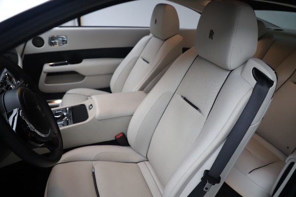 Used 2015 Rolls-Royce Wraith for sale $189,900 at Maserati of Greenwich in Greenwich CT 06830 12