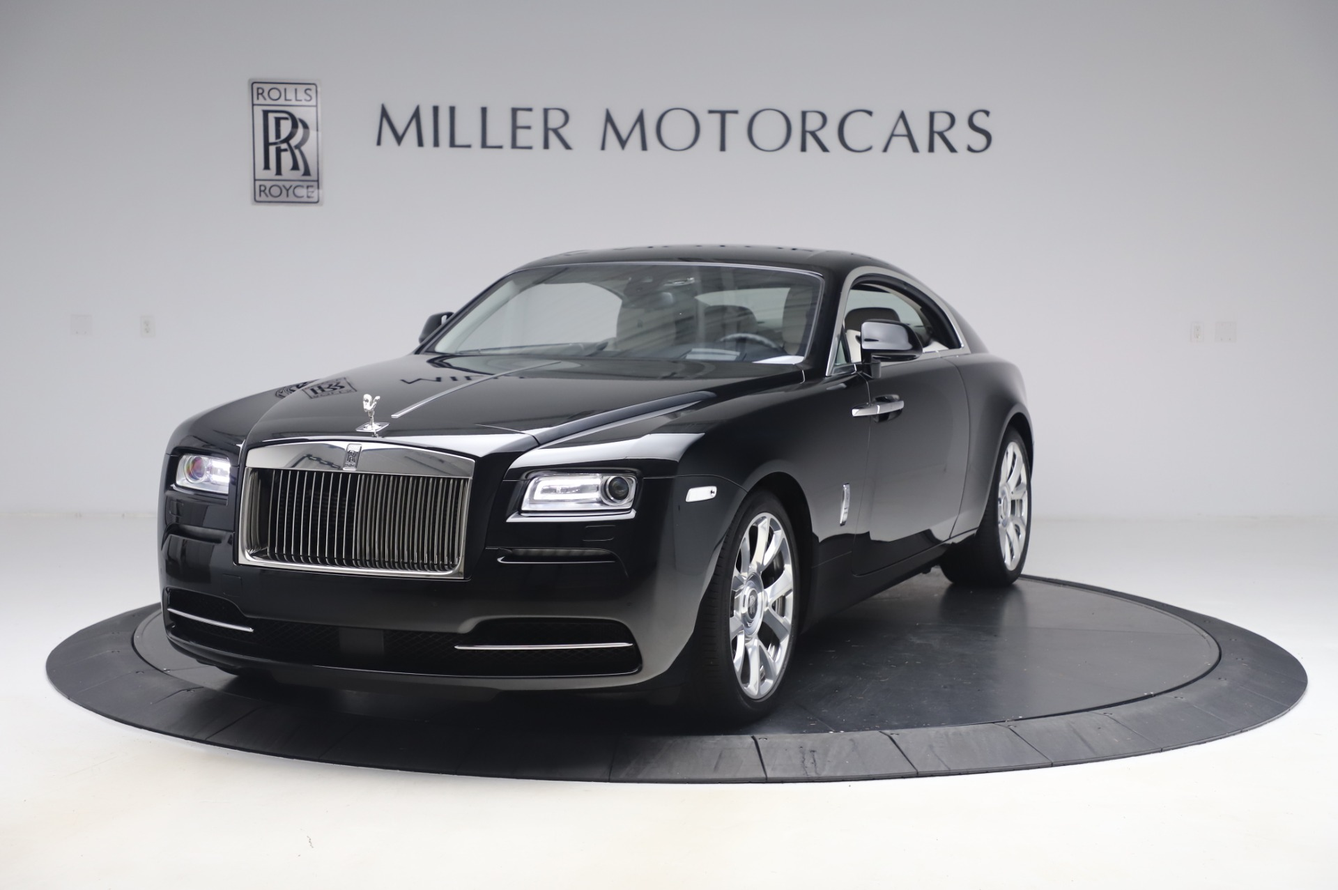 Used 2015 Rolls-Royce Wraith Base for sale $178,900 at Maserati of Greenwich in Greenwich CT 06830 1