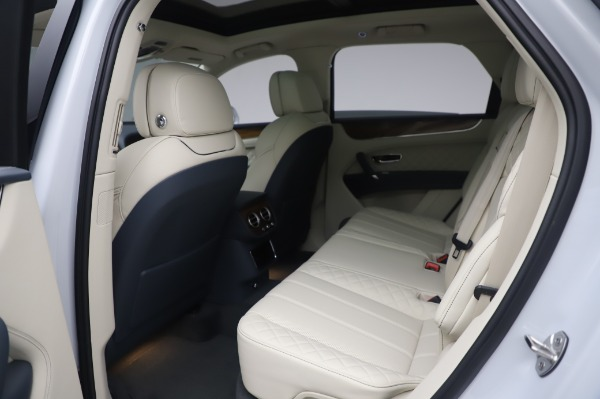 Used 2020 Bentley Bentayga Hybrid for sale $185,900 at Maserati of Greenwich in Greenwich CT 06830 22
