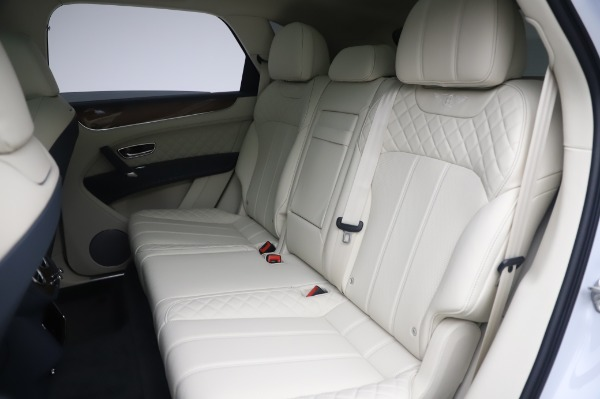 Used 2020 Bentley Bentayga Hybrid for sale $185,900 at Maserati of Greenwich in Greenwich CT 06830 24