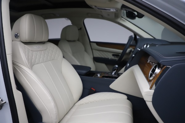 Used 2020 Bentley Bentayga Hybrid for sale $185,900 at Maserati of Greenwich in Greenwich CT 06830 28