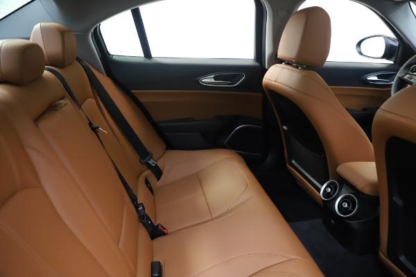 New 2020 Alfa Romeo Giulia Q4 for sale Sold at Maserati of Greenwich in Greenwich CT 06830 27