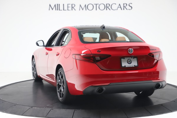 New 2020 Alfa Romeo Giulia Q4 for sale $47,245 at Maserati of Greenwich in Greenwich CT 06830 5