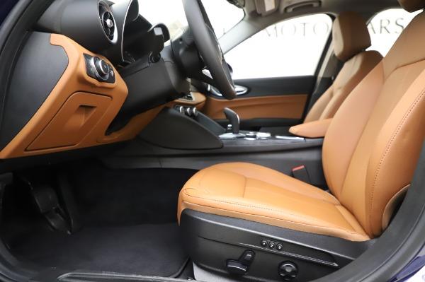 New 2020 Alfa Romeo Giulia Q4 for sale $47,845 at Maserati of Greenwich in Greenwich CT 06830 13