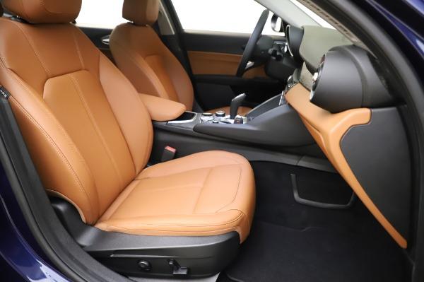 New 2020 Alfa Romeo Giulia Q4 for sale $47,845 at Maserati of Greenwich in Greenwich CT 06830 23