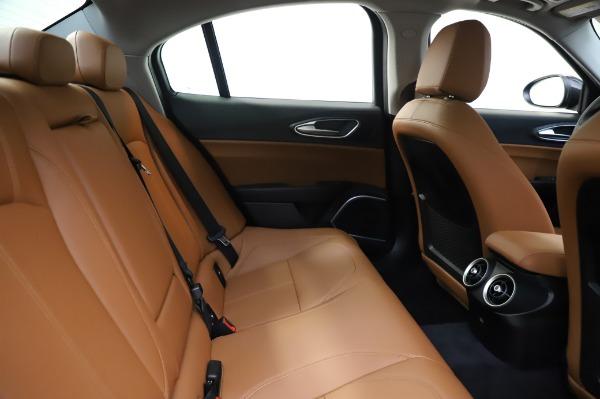 New 2020 Alfa Romeo Giulia Q4 for sale $47,845 at Maserati of Greenwich in Greenwich CT 06830 26