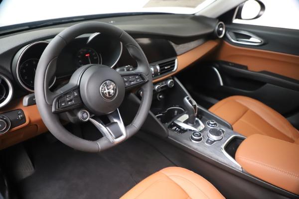New 2020 Alfa Romeo Giulia Q4 for sale $45,445 at Maserati of Greenwich in Greenwich CT 06830 13