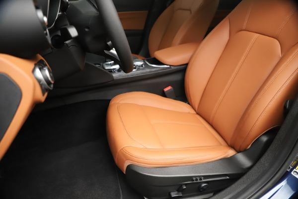 New 2020 Alfa Romeo Giulia Q4 for sale $45,445 at Maserati of Greenwich in Greenwich CT 06830 15