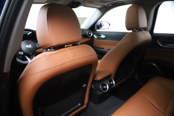New 2020 Alfa Romeo Giulia Q4 for sale $45,445 at Maserati of Greenwich in Greenwich CT 06830 20