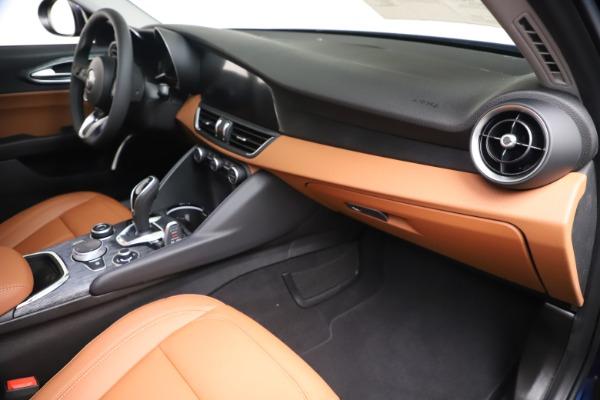 New 2020 Alfa Romeo Giulia Q4 for sale $45,445 at Maserati of Greenwich in Greenwich CT 06830 23
