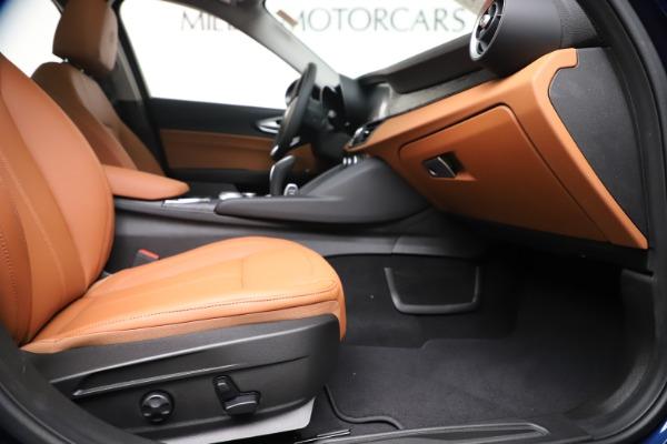 New 2020 Alfa Romeo Giulia Q4 for sale $45,445 at Maserati of Greenwich in Greenwich CT 06830 24