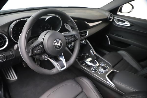 New 2020 Alfa Romeo Giulia Ti Sport Carbon Q4 for sale $51,640 at Maserati of Greenwich in Greenwich CT 06830 13