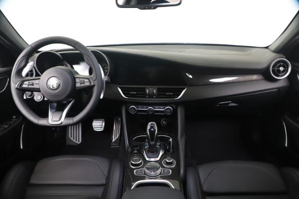 New 2020 Alfa Romeo Giulia Ti Sport Carbon Q4 for sale $51,640 at Maserati of Greenwich in Greenwich CT 06830 16