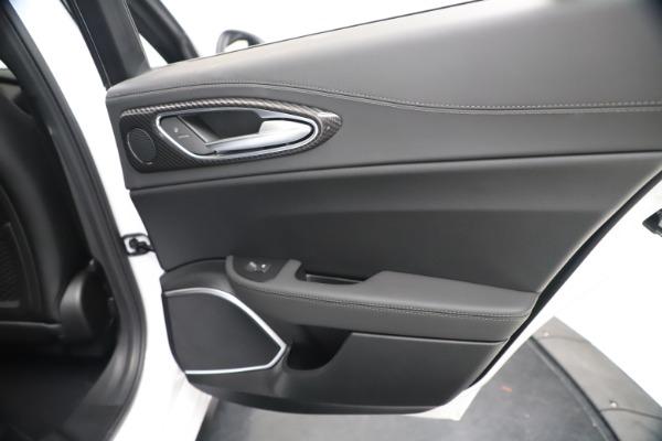 New 2020 Alfa Romeo Giulia Ti Sport Carbon Q4 for sale $51,640 at Maserati of Greenwich in Greenwich CT 06830 28