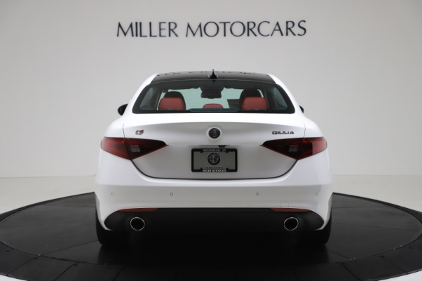 New 2020 Alfa Romeo Giulia Q4 for sale $44,845 at Maserati of Greenwich in Greenwich CT 06830 6