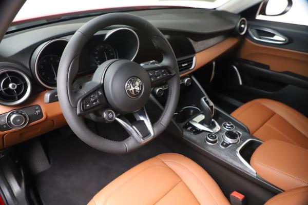 New 2020 Alfa Romeo Giulia Q4 for sale $40,466 at Maserati of Greenwich in Greenwich CT 06830 13