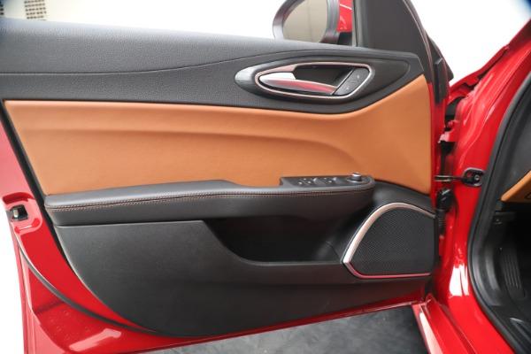New 2020 Alfa Romeo Giulia Q4 for sale $40,466 at Maserati of Greenwich in Greenwich CT 06830 17