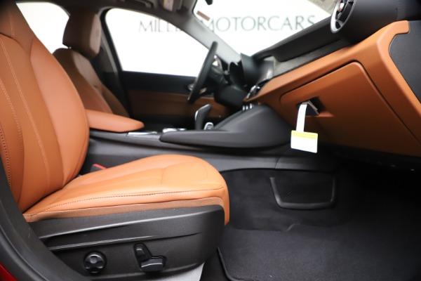 New 2020 Alfa Romeo Giulia Q4 for sale $40,466 at Maserati of Greenwich in Greenwich CT 06830 23