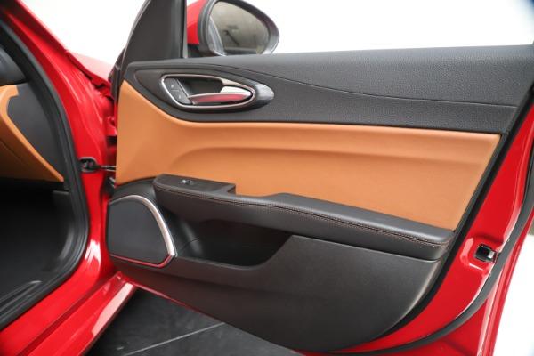 New 2020 Alfa Romeo Giulia Q4 for sale $40,466 at Maserati of Greenwich in Greenwich CT 06830 25