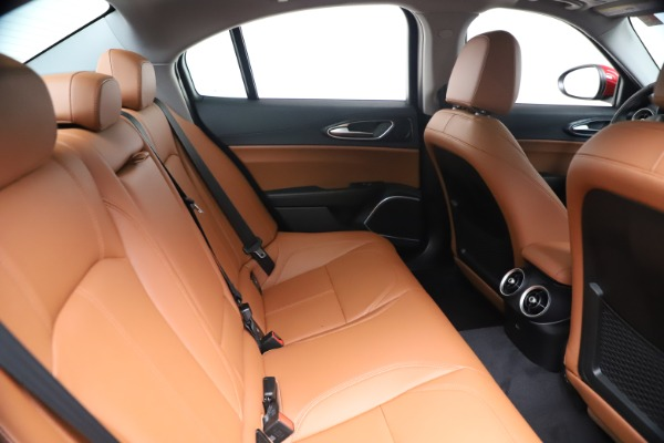 New 2020 Alfa Romeo Giulia Q4 for sale $40,466 at Maserati of Greenwich in Greenwich CT 06830 27