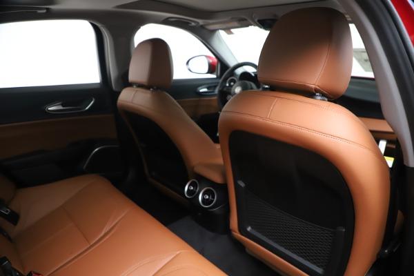 New 2020 Alfa Romeo Giulia Q4 for sale $40,466 at Maserati of Greenwich in Greenwich CT 06830 28