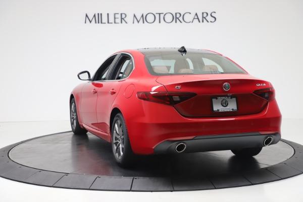New 2020 Alfa Romeo Giulia Q4 for sale $40,466 at Maserati of Greenwich in Greenwich CT 06830 5