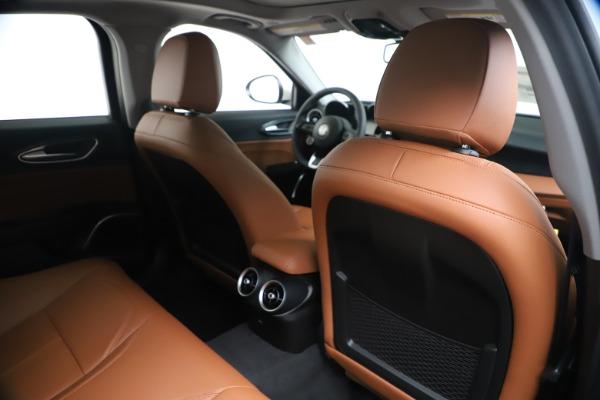 New 2020 Alfa Romeo Giulia Q4 for sale Sold at Maserati of Greenwich in Greenwich CT 06830 28