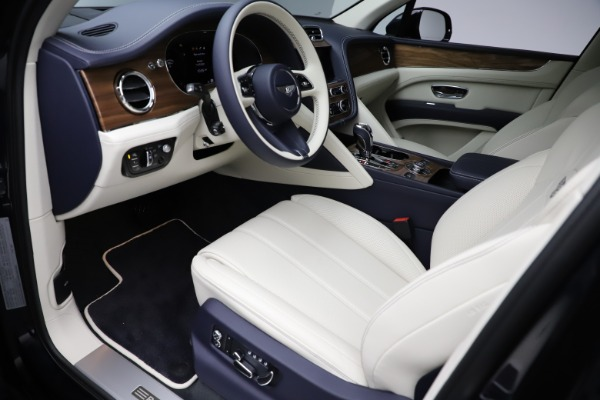 New 2021 Bentley Bentayga V8 for sale Sold at Maserati of Greenwich in Greenwich CT 06830 19