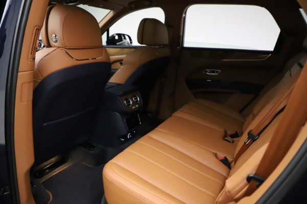 New 2021 Bentley Bentayga V8 for sale $203,205 at Maserati of Greenwich in Greenwich CT 06830 21