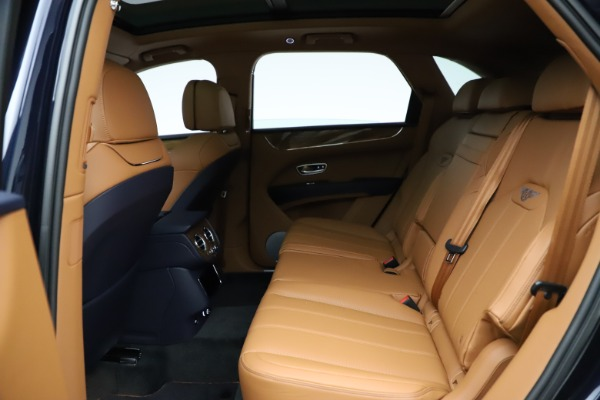 New 2021 Bentley Bentayga V8 for sale $203,205 at Maserati of Greenwich in Greenwich CT 06830 22