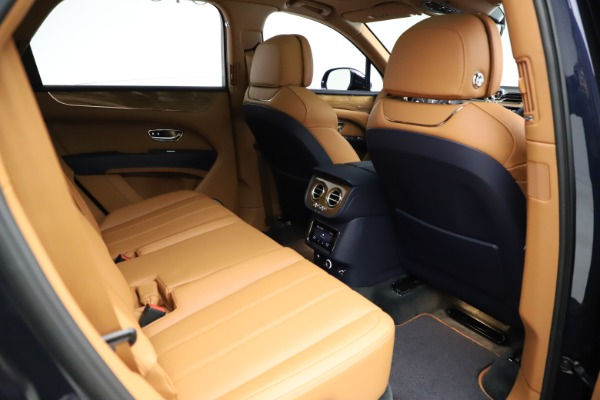 New 2021 Bentley Bentayga V8 for sale $203,205 at Maserati of Greenwich in Greenwich CT 06830 28