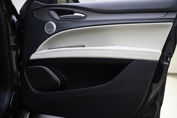 New 2020 Alfa Romeo Stelvio Ti Q4 for sale $50,895 at Maserati of Greenwich in Greenwich CT 06830 24