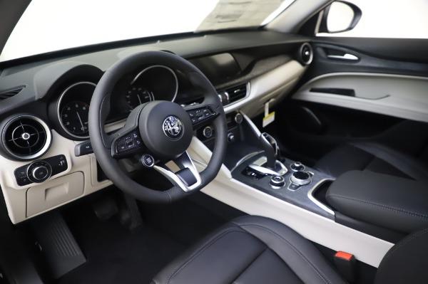 New 2020 Alfa Romeo Stelvio Q4 for sale $47,395 at Maserati of Greenwich in Greenwich CT 06830 13