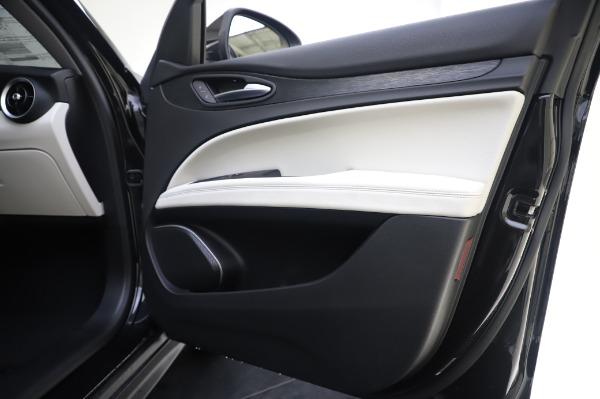 New 2020 Alfa Romeo Stelvio Q4 for sale $47,395 at Maserati of Greenwich in Greenwich CT 06830 25