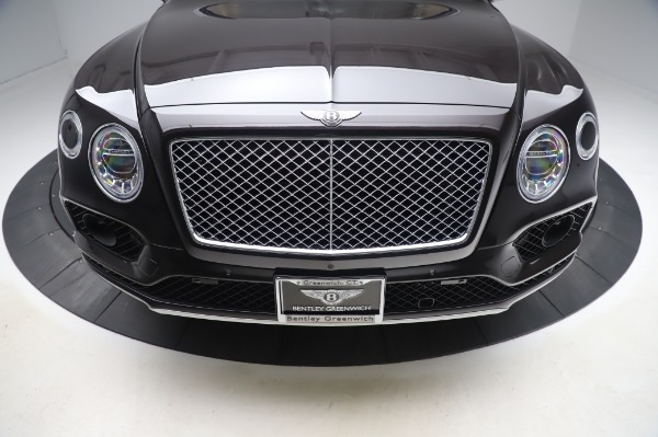 Used 2017 Bentley Bentayga W12 for sale $138,900 at Maserati of Greenwich in Greenwich CT 06830 13