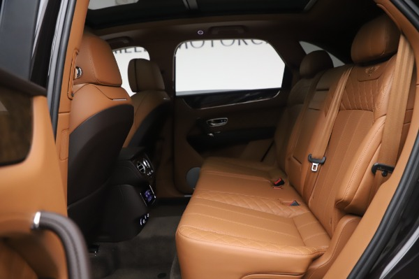Used 2017 Bentley Bentayga W12 for sale $138,900 at Maserati of Greenwich in Greenwich CT 06830 21
