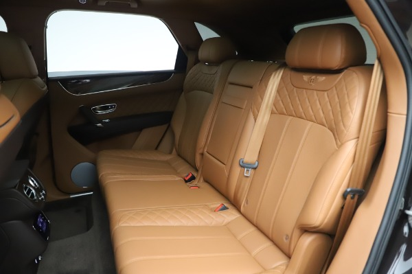 Used 2017 Bentley Bentayga W12 for sale $138,900 at Maserati of Greenwich in Greenwich CT 06830 23